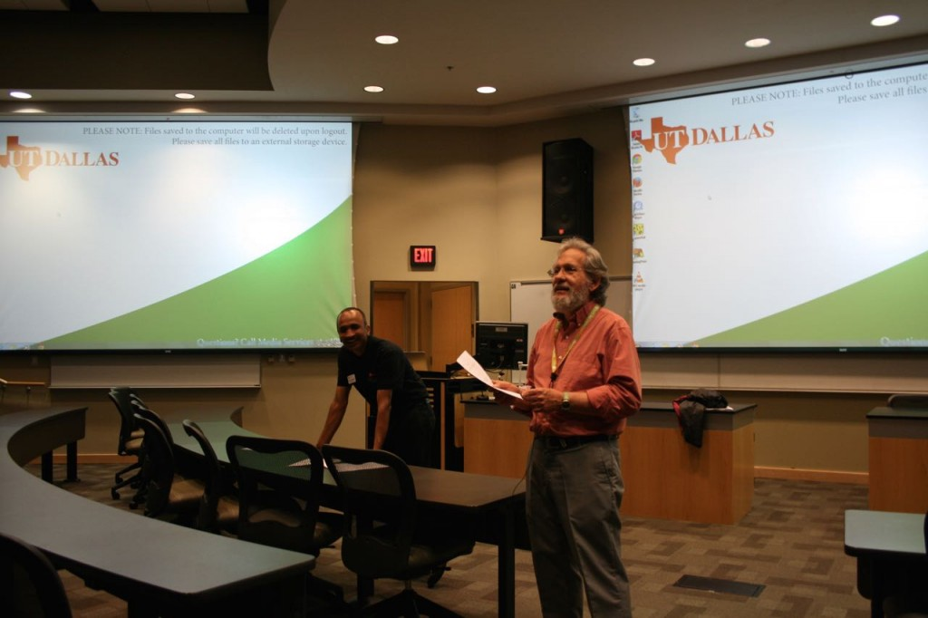 Dr. Jey Veerasamy and Dr. Ivor Page speaking to the students after the contest.