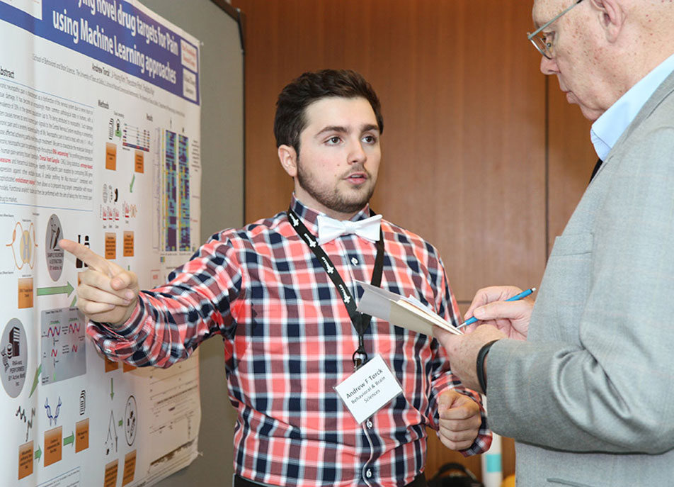 Andrew Torck, junior neuroscience major, had planned to become a medical doctor, but his research project on pain drug targets convinced him that he also wants to pursue research by also getting a PhD.