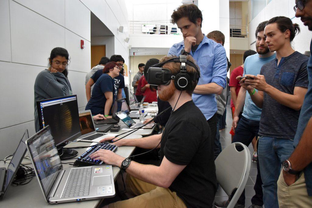 HackUTD 16 VR judge